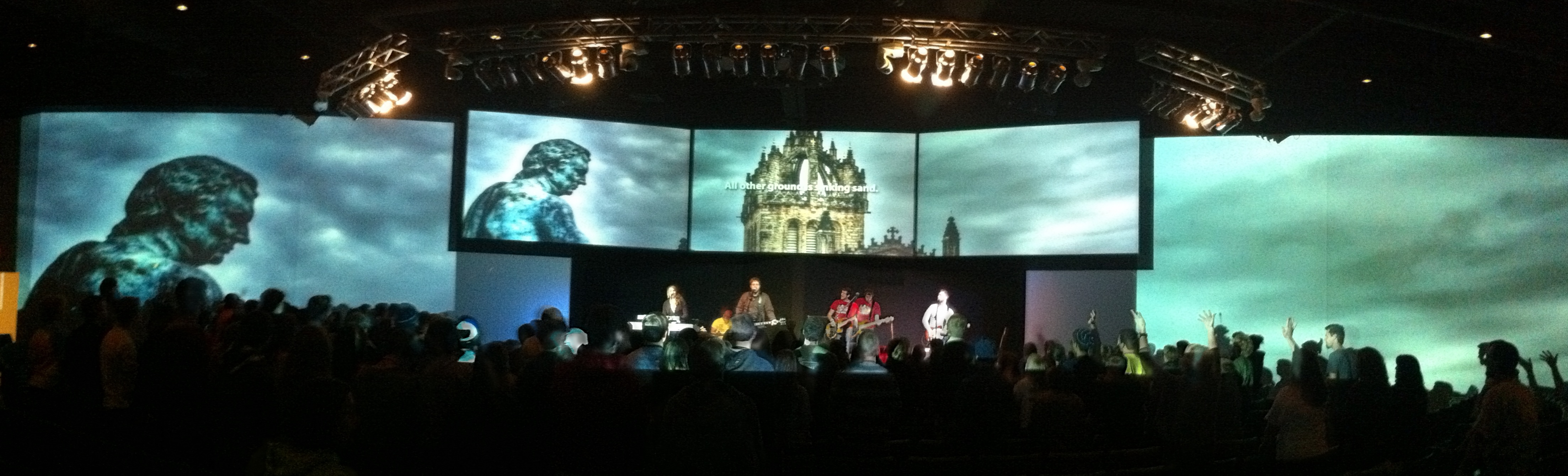Environmental Projection & Multi-screen | TripleWide Media