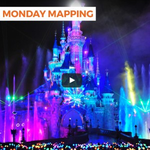 Disneyland Paris Dreams of Christmas Monday Mapping!