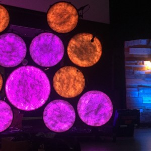 DIY – Glowing LED Drum Wall