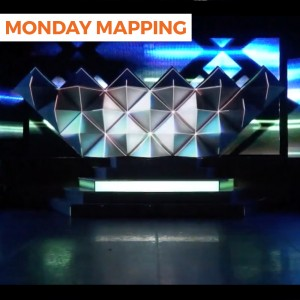 Pyramid Panels Projection Mapping (#153)
