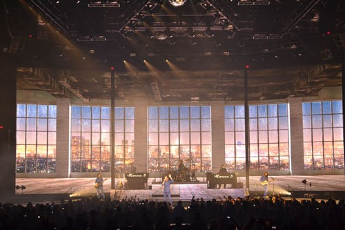 Maroon 5 Multi-screen Video Wall